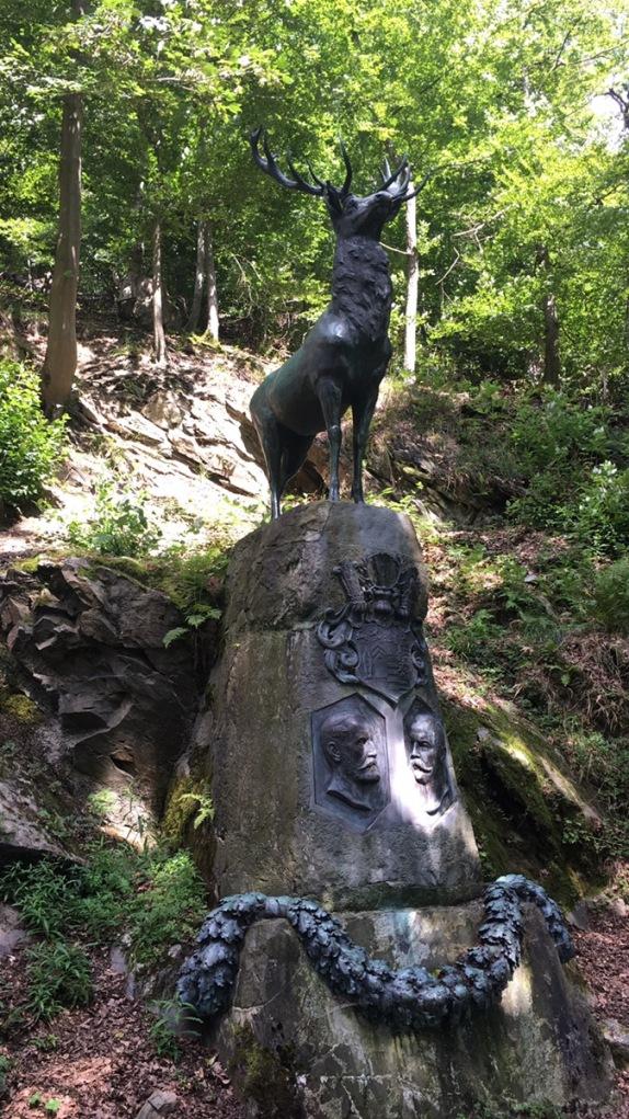 Hirschdenkmal