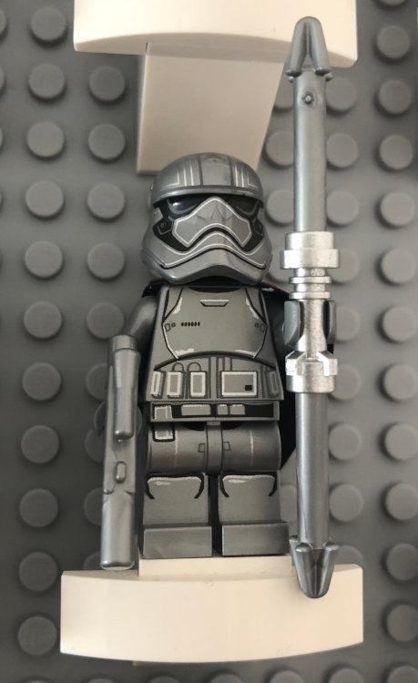 LEGO_Phasma